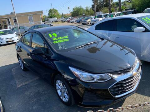 2019 Chevrolet Cruze for sale at Contra Costa Auto Sales in Oakley CA