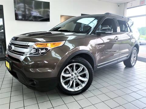 2015 Ford Explorer for sale at SAINT CHARLES MOTORCARS in Saint Charles IL