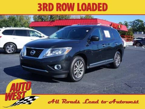2015 Nissan Pathfinder for sale at Autowest of GR in Grand Rapids MI