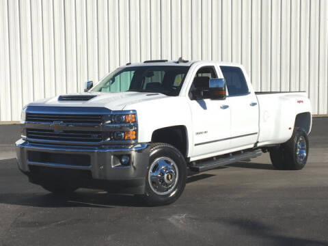 2018 Chevrolet Silverado 3500HD for sale at ROGER JENNINGS INC in Hillsboro IL