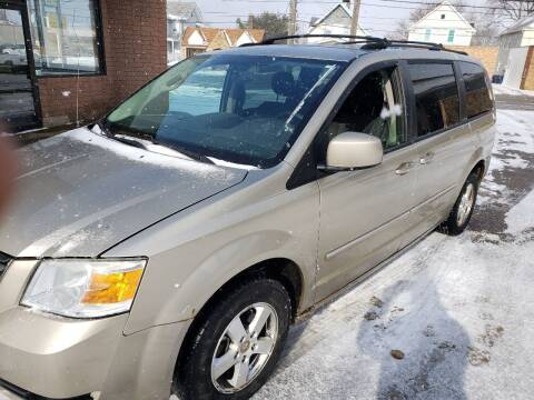 2008 Dodge Grand Caravan for sale at USA AUTO WHOLESALE LLC in Cleveland OH