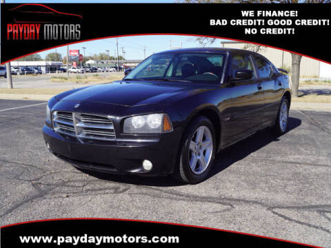 2010 Dodge Charger for sale at Payday Motors in Wichita And Topeka KS