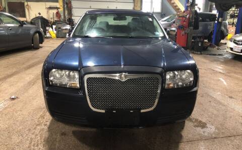 2006 Chrysler 300 for sale at Six Brothers Auto Sales in Youngstown OH