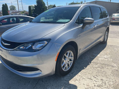 2020 Chrysler Voyager for sale at Chuck's Sheridan Auto in Mount Pleasant WI