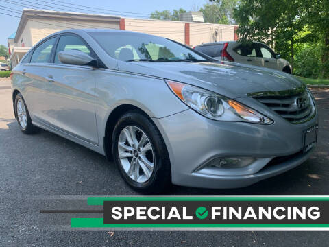 2013 Hyundai Sonata for sale at AUTO TRADE CORP in Nanuet NY