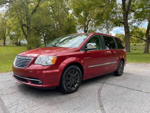 2011 Chrysler Town and Country for sale at Moundbuilders Motor Group in Heath OH