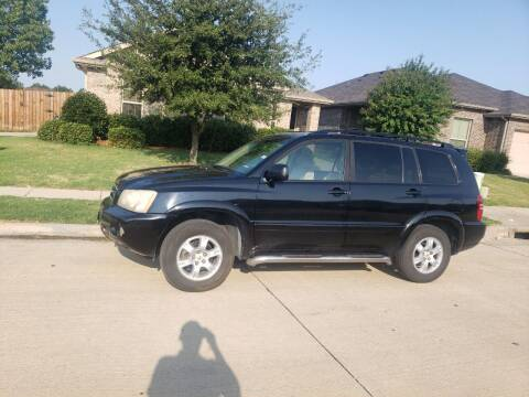 2003 Toyota Highlander for sale at El Jasho Motors in Grand Prairie TX