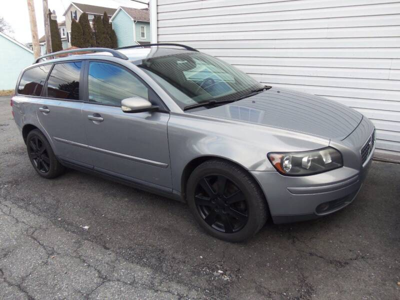 2006 Volvo V50 for sale at Fulmer Auto Cycle Sales - Fulmer Auto Sales in Easton PA