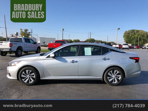 2019 Nissan Altima for sale at BRADBURY AUTO SALES in Gibson City IL