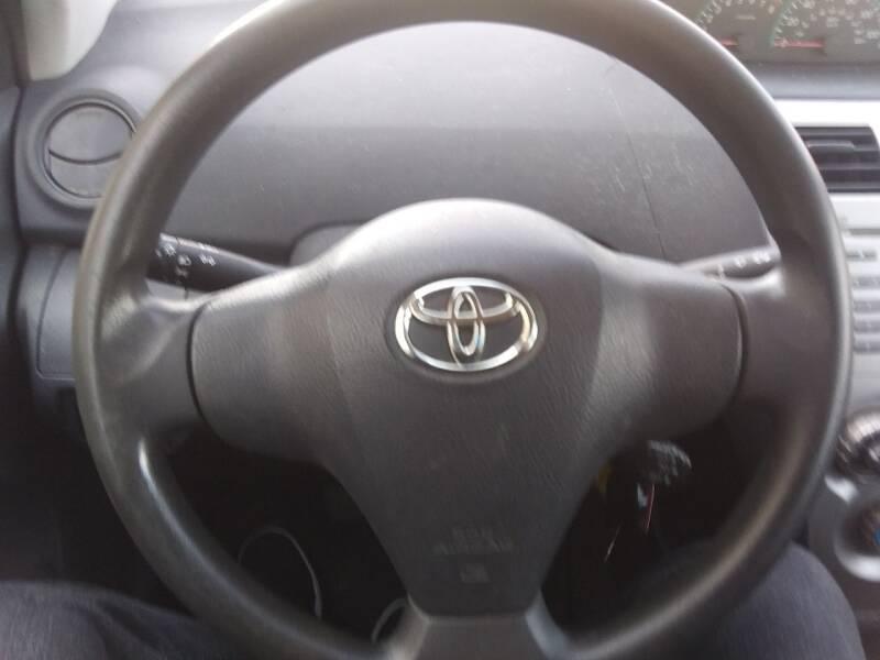 2009 Toyota Yaris 4dr Sedan 5M - Pleasant View TN