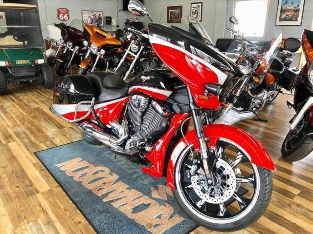 2016 Victory MAGNUM for sale at Richardson Sales & Service in Highland IN