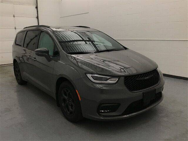 2021 Chrysler Pacifica Hybrid for sale in Waterbury, CT