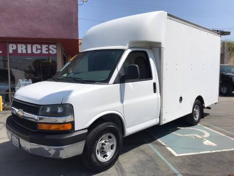 2014 Chevrolet Express Cutaway for sale at Sanmiguel Motors in South Gate CA