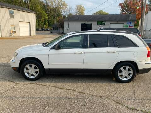 2006 Chrysler Pacifica for sale at IDEAL TRUCK & AUTO LLC in Coopersville MI