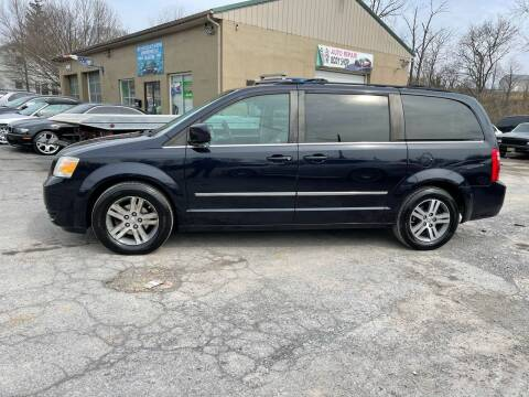 2010 Dodge Grand Caravan for sale at GET N GO USED AUTO & REPAIR LLC in Martinsburg WV