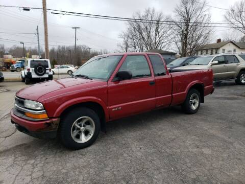 2002 Chevrolet S-10 for sale at COLONIAL AUTO SALES in North Lima OH