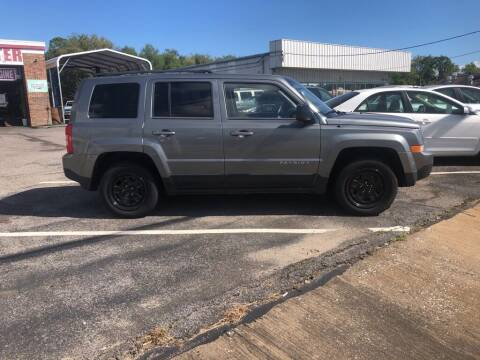 2014 Jeep Patriot for sale at Spartan Auto Sales in Beaumont TX