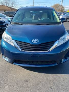 2012 Toyota Sienna for sale at Right Choice Automotive in Rochester NY