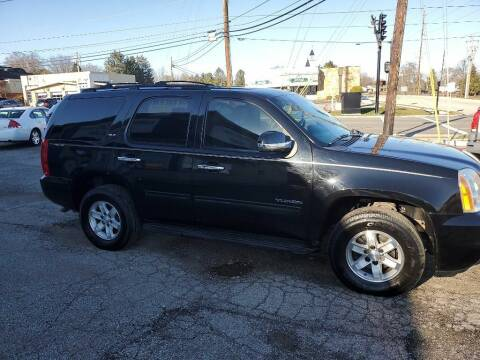 2009 GMC Yukon for sale at Towne Auto Sales in Medina OH