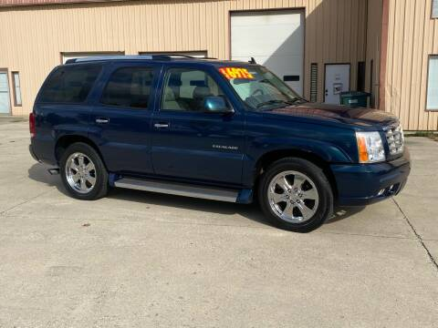 2006 Cadillac Escalade for sale at Walker Motors in Muncie IN