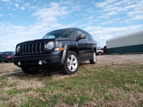 2014 Jeep Patriot for sale at Sinclair Auto Inc. in Pendleton IN
