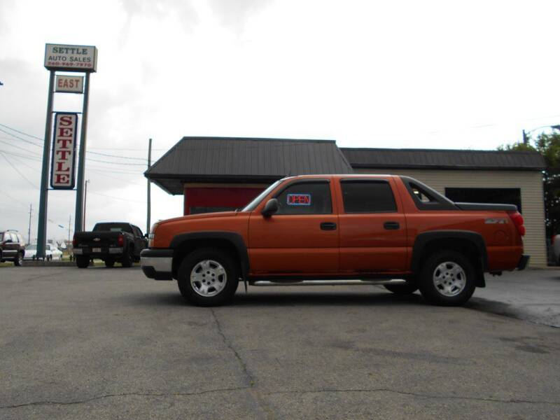 2004 Chevrolet Avalanche for sale at Settle Auto Sales TAYLOR ST. in Fort Wayne IN