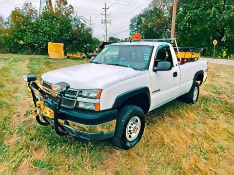 2005 Chevrolet Silverado 2500HD for sale at Del Sol Auto Mart in Des Plaines IL
