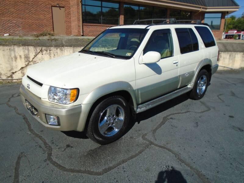 2002 Infiniti QX4 for sale at PIEDMONT CUSTOM CONVERSIONS USED CARS in Danville VA