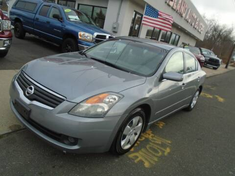 2008 Nissan Altima for sale at Island Auto Buyers in West Babylon NY