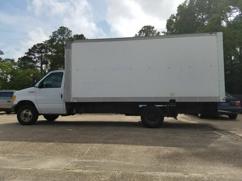 2006 Ford E-Series Chassis for sale at St. Tammany Auto Brokers in Slidell LA