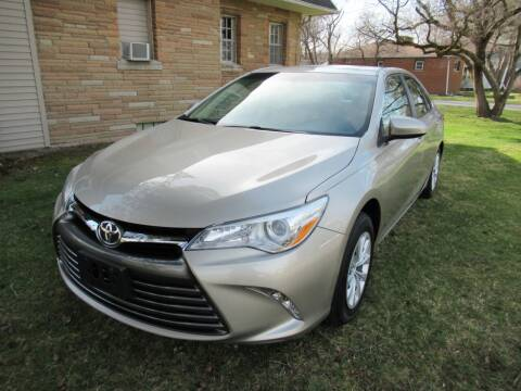 2015 Toyota Camry for sale at Lake County Auto Sales in Painesville OH