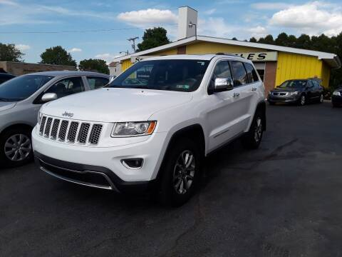 2015 Jeep Grand Cherokee for sale at Sarchione INC in Alliance OH