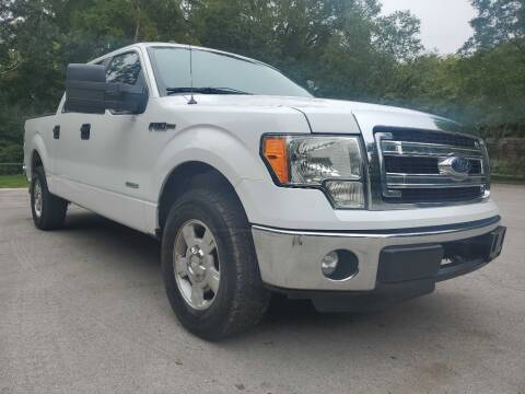 2013 Ford F-150 for sale at Thornhill Motor Company in Lake Worth TX