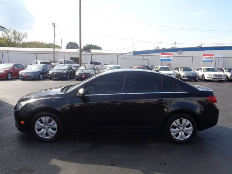 2012 Chevrolet Cruze for sale at Cars Unlimited Inc in Lebanon TN