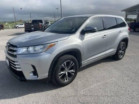 2018 Toyota Highlander for sale at ATASCOSA CHRYSLER DODGE JEEP RAM in Pleasanton TX