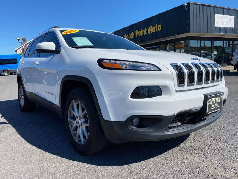 2017 Jeep Cherokee for sale at South Point Auto Plaza, Inc. in Albany NY