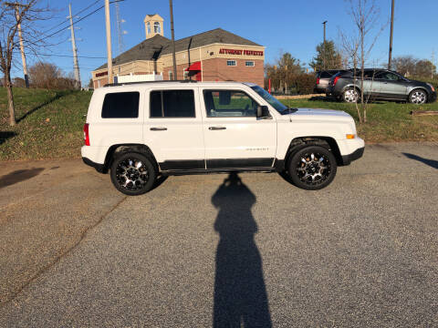 2012 Jeep Patriot for sale at Bill Henderson Auto Group Inc in Statesville NC