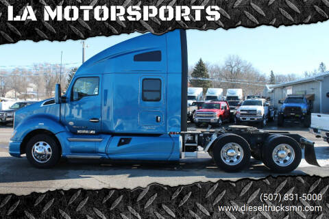 2015 Kenworth T680 for sale at LA MOTORSPORTS in Windom MN