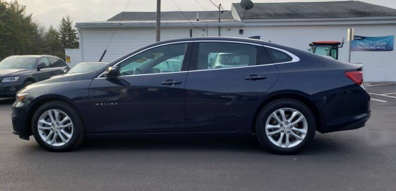 2018 Chevrolet Malibu for sale at Healey Auto in Rochester NH