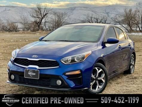 2020 Kia Forte for sale at Premier Auto Group in Union Gap WA