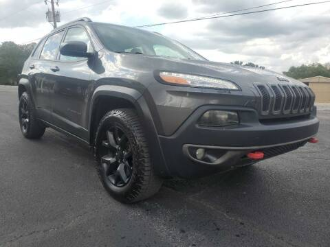 2015 Jeep Cherokee for sale at Thornhill Motor Company in Lake Worth TX