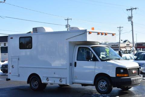 2007 GMC Savana Cutaway for sale at Broadway Garage of Columbia County Inc. in Hudson NY
