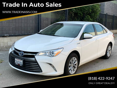 2017 Toyota Camry Hybrid for sale at Trade In Auto Sales in Van Nuys CA