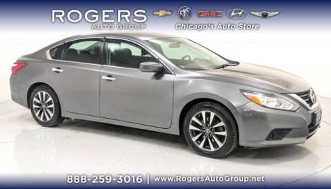 2017 Nissan Altima for sale at ROGERS  AUTO  GROUP in Chicago IL