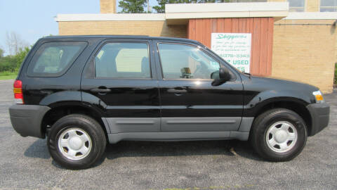 2005 Ford Escape for sale at LENTZ USED VEHICLES INC in Waldo WI