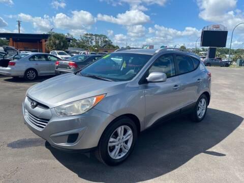 2011 Hyundai Tucson for sale at Real Car Sales in Orlando FL