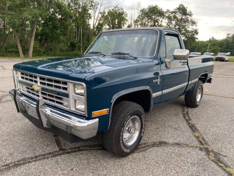 1986 Chevrolet C/K 10 Series for sale at Right Pedal Auto Sales INC in Wind Gap PA