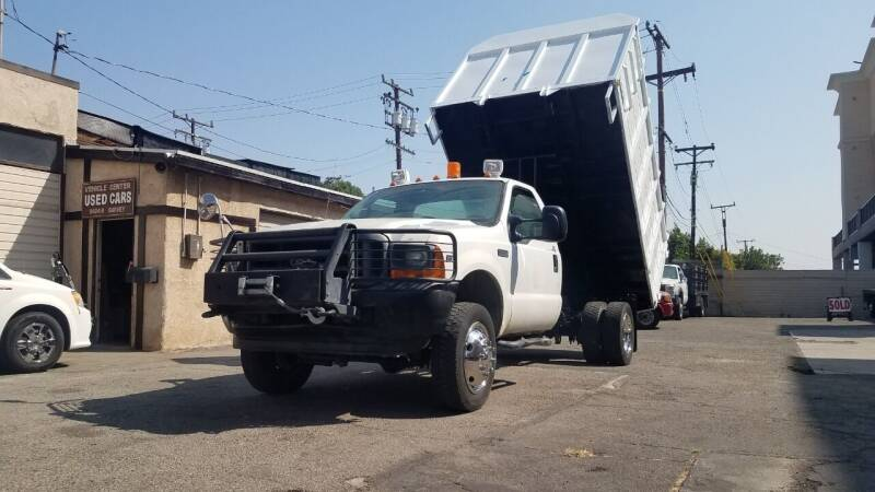 2001 Ford F-450 4X4 CHIPPER for sale at Vehicle Center in Rosemead CA