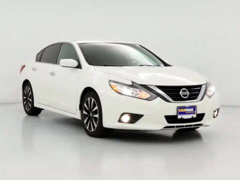 2016 Nissan Altima for sale at Tristar Motors in Bell CA