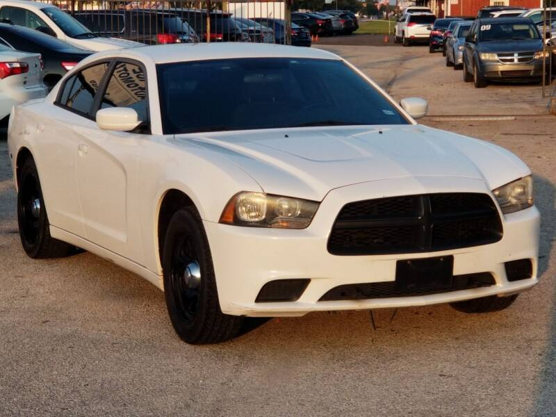 2011 Dodge Charger for sale at ACE AUTOMOTIVE in Houston TX